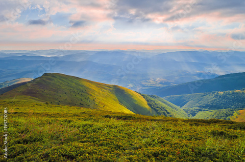 Canvas Print Dawn in the mountains
