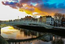 Dublin Night Scene With Ha'pen...