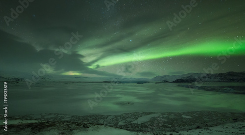 Poster Antarctique Aurora borealis over Jokulsarlon lagoon in Iceland