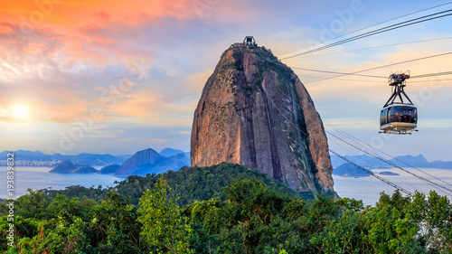Cable car and  Sugar Loaf mountain Canvas Print