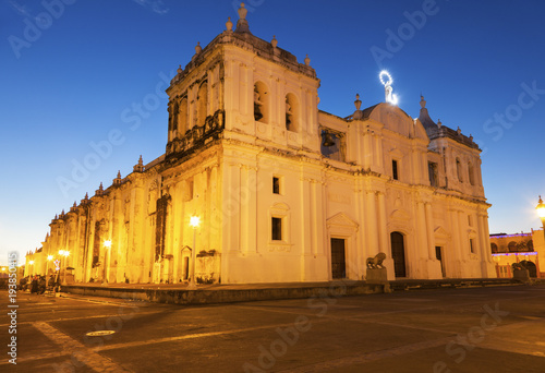 Fotografia, Obraz Our Lady of Grace Cathedral in Leon, Nicaragua