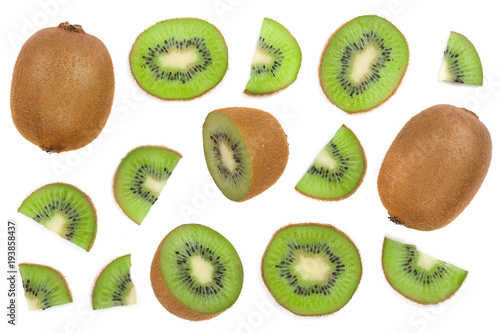 sliced kiwi fruit isolated on white background Poster Mural XXL