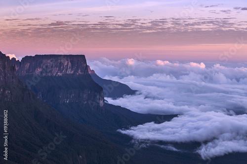 Fotobehang Zuid-Amerika land The Mount Roraima, Venezuela