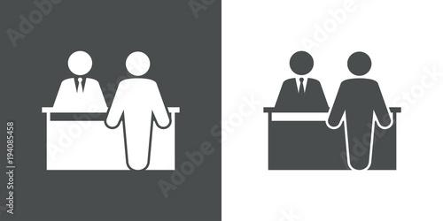 Láminas  Icono plano mostrador atencion al publico en gris y blanco
