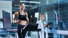 Beautiful Woman Athlete Runs O...