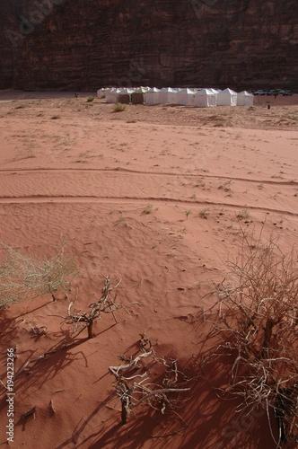 Photo  Jordanie, campement dans le désert du Wadi Rum