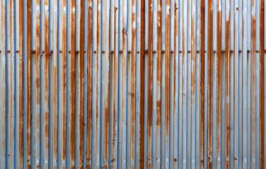 錆びた鉄板壁
