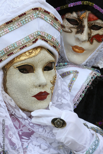 Fototapety, obrazy: Masque vénitien : larve ou molto. Venetian mask: larva or molto.