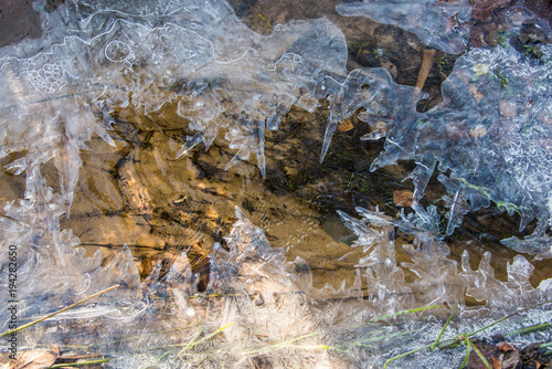 Foto op Aluminium Cathedral Cove ice on a creek