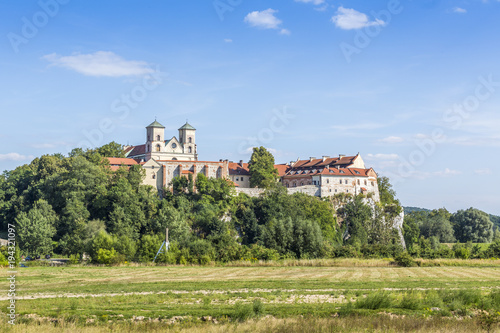 Spoed Foto op Canvas Wit Benedictine Abbey in Tyniec, Krakow, Poland
