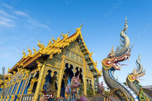 Deurstickers Bedehuis Wat Rong Suea Ten (Blue Temple), Chiang Rai, Thailand.