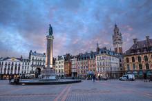 Grand Place De Lille Au Crépu...