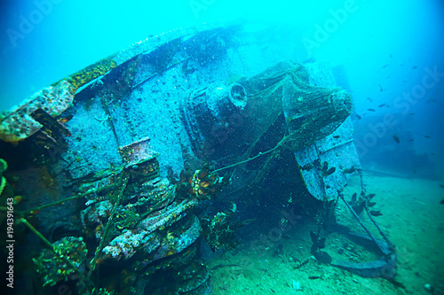 Poster Turquoise shipwreck, diving on a sunken ship, underwater landscape