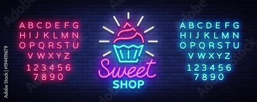 Fotografía  Sweet Shop logo is neon style