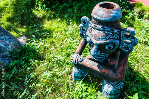 Obraz na płótnie Taino idol on grass