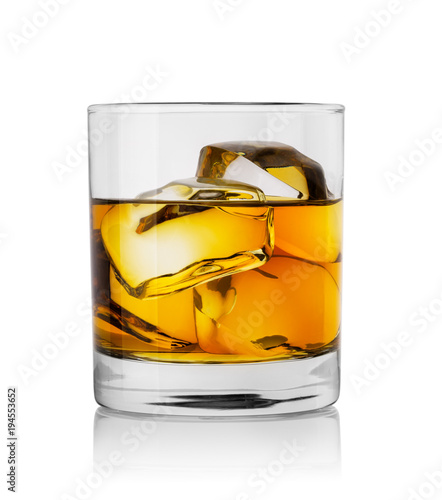 Spoed Foto op Canvas Bar Glass of scotch whiskey and ice