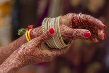 Hands Of Indian Bride Hands Pa...