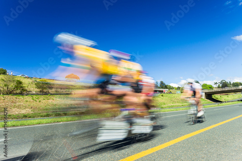Tuinposter Fietsen Cycling Race Speed Blur Motion