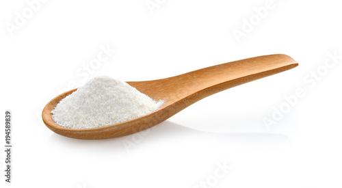 Foto Creamer, Coffee whitener, Non-dairy creamer in wood spoon on white background