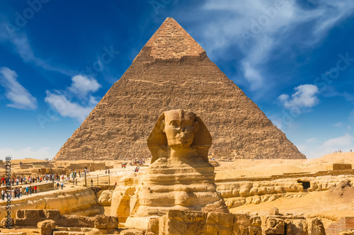 Poster Egypte Egyptian sphinx. Cairo. Giza. Egypt. Travel background. Architectural monument. The tombs of the pharaohs. Vacation holidays background wallpaper