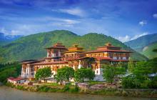 Punakha Dzong Monastery, One O...