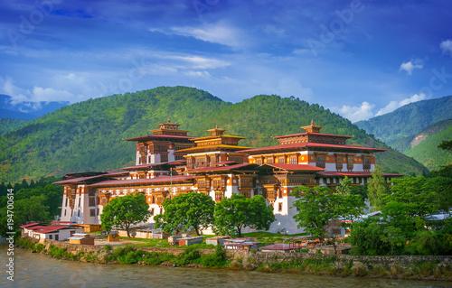 Photo Punakha Dzong Monastery, one of the largest monestary in Asia, Punakha, Bhutan