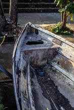 古いボート