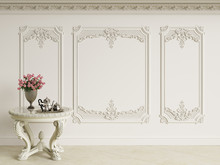 Classic Baroque Table With Cof...