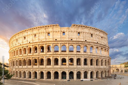 Carta da parati The Coliseum or Flavian Amphitheatre (Amphitheatrum Flavium or Colosseo), Rome, Italy