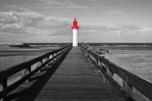 Trouville Lighthouse, Red Sele...