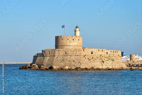 Papiers peints Fortification Fortress of St. Nicholas in Mandraki port of Rhodes