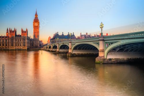 the-big-ben-londyn-wielka-brytania