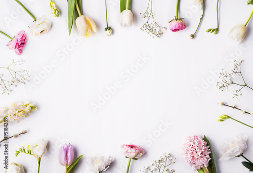 Tuinposter Bloemen Flowers on a white background.