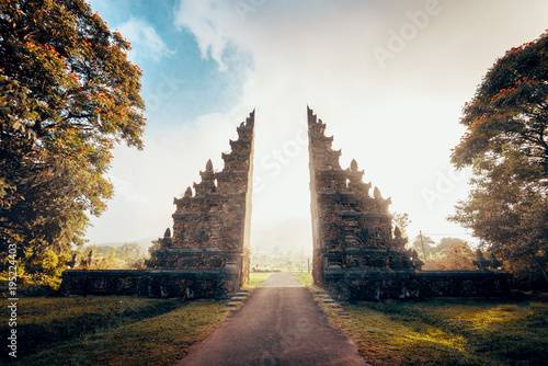 Printed kitchen splashbacks Place of worship Hindu gate in Bali