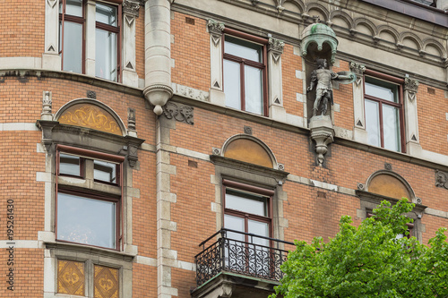 Photo  STOCKHOLM, SWEDEN - MAY 28, 2016: Roman legionary statue on the building