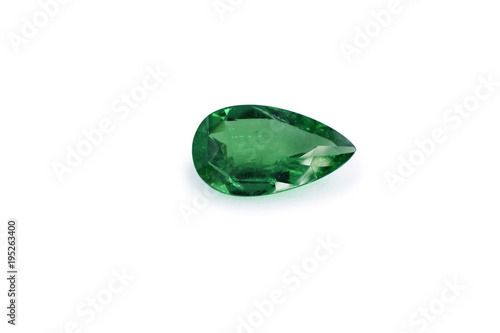 Photo emerald and gemstone shape pear or tear