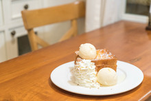 Honey Toast With Vanilla Ice-c...