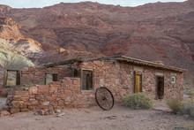 Old Pioneer Home Stead In Nort...