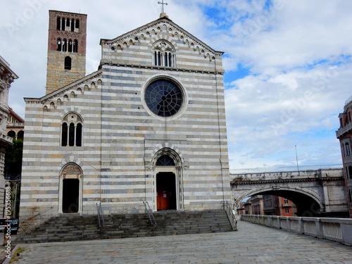 La chiesa di Santo Stefano a Genova Canvas Print