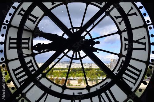 Deurstickers Parijs オルセー美術館よりモンマルトルの丘を望む