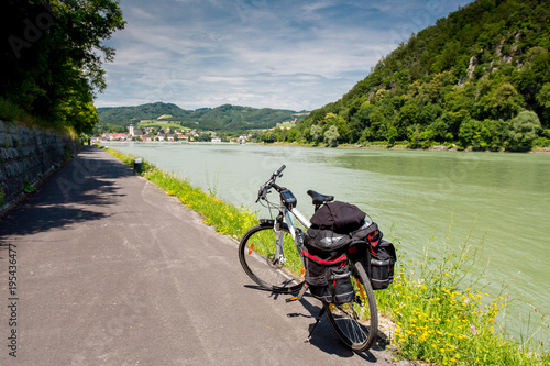 Foto Danube cycle path / trail / route