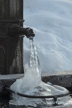 Frozen Fountain 04