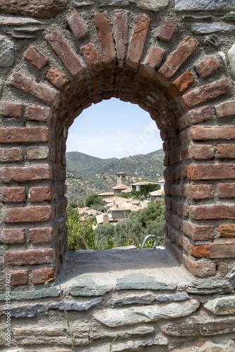 Papiers peints Fortification kale penceresinden dışarısı gözüküyor