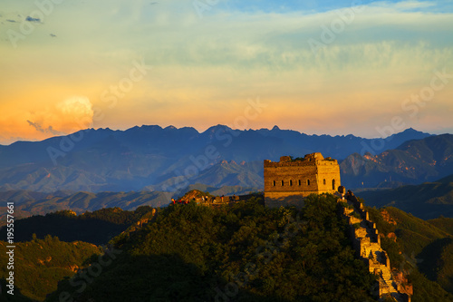 Cadres-photo bureau Muraille de Chine The Great Wall in the evening, a beautiful sunset