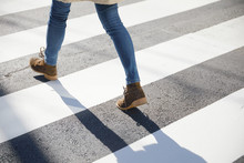 横断歩道 歩く
