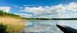 Stiller, abgelegener See, Badestelle mit Holzsteg, Mecklenburg, Deutschland