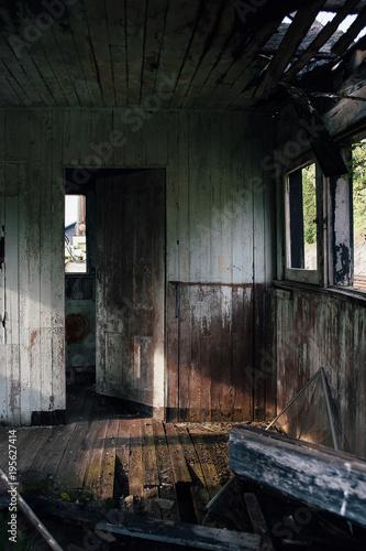 Tuinposter Oude verlaten gebouwen Abandoned Post Office Interior - Morgan, Kentucky