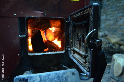 Fototapeta Wood-burning stove - piec opalany drewnem obraz