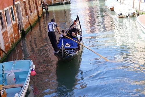 Foto op Aluminium Gondolas Venezia, Italia, una gondola sul Rio di San Felive, nel sestriere di Cannaregio.