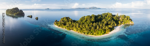 In de dag Eiland Aerial View of Idyllic, Tropical Islands in Raja Ampat